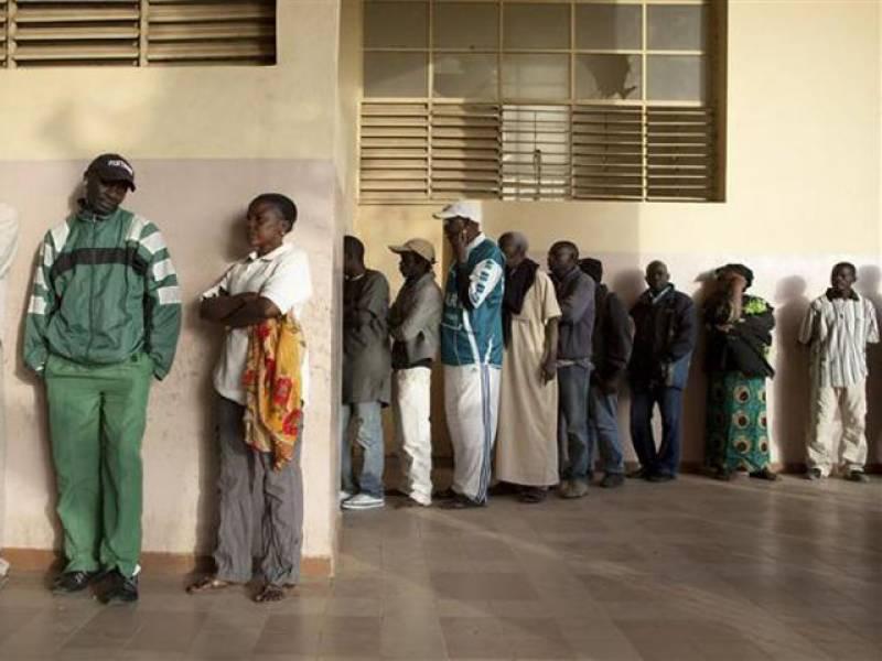 سینیگال میں صدارتی انتخابات کے دوسرے مرحلے کے لئے ووٹنگ آج ہورہی ہے۔