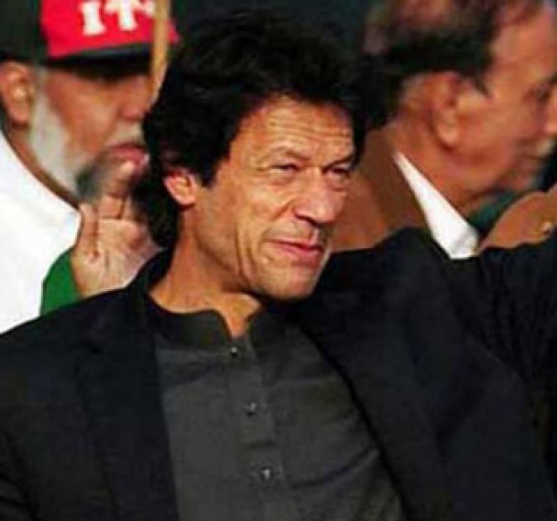 نیٹو سپلائی بحال کرکے حکمرانوں نے پارلیمنٹ کی قرارداد کی مخالفت کی، سپریم کورٹ کو کچھ ہوا تو تحریک انصاف سونامی مارچ کرے گی. عمران خان