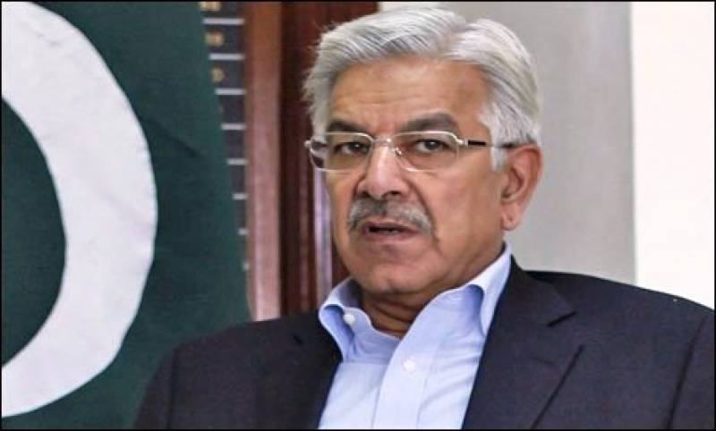 عمران خان چوتھی بار این اے 122 کی نشست ہارچکے ہیں، انہیں اب شکست تسلیم کرلینی چاہیئے: خواجہ آصف