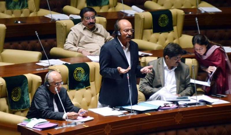 بھول ہوگئی، جناب معافی چاہتا ہوں، سندھ کے سینئر وزیرتعلیم نثار احمد کھوڑو نے سندھ اسمبلی میں سگریٹ پینے پرایوان میں معافی مانگ لی