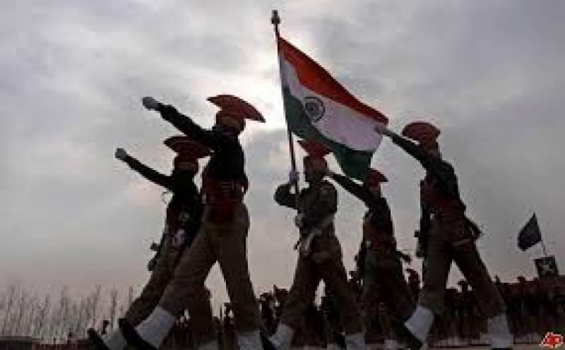 بھارتی وزیر دفاع نے اپنے کاغذی شیروں کی تعریفوں  کے انبار لگا دئیے
