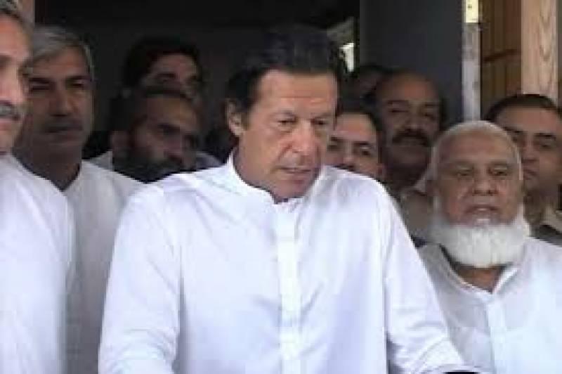 چیئرمین تحریک انصاف عمران خان سے علمائے کرام کے وفد نے ملاقات کی