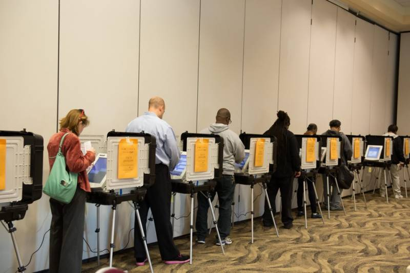 امریکہ کی اڑتیس ریاستوں میں قبل ازوقت ووٹنگ کی سہولت دیدی گئی،