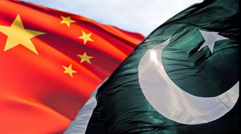 پاکستان اور بھارت کے درمیان کشیدگی ختم کرانے کیلئے چین کی طر ف سے ثالثی کا اعلان