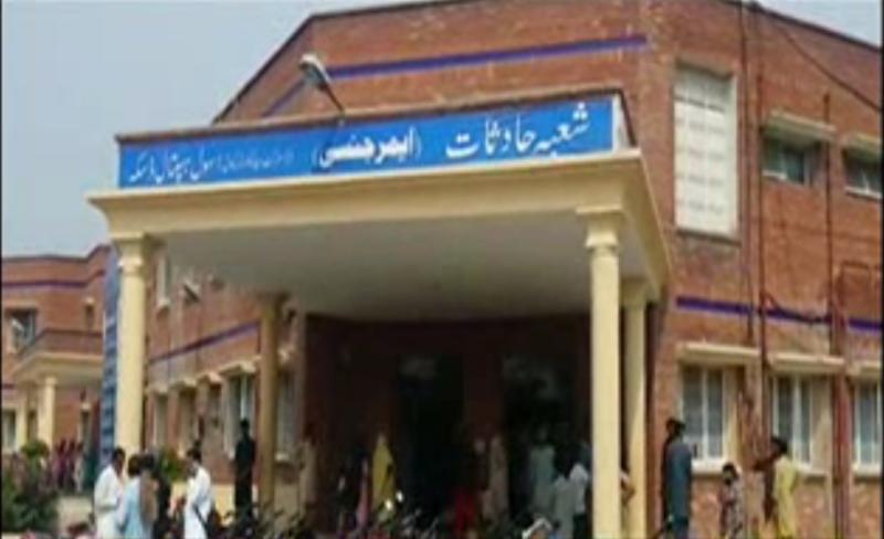 ڈسکہ میں لین دین کے تنازع پر مخالفین کی فائرنگ سے ایک شخص جاں بحق جبکہ ایک زخمی ہو گیا۔