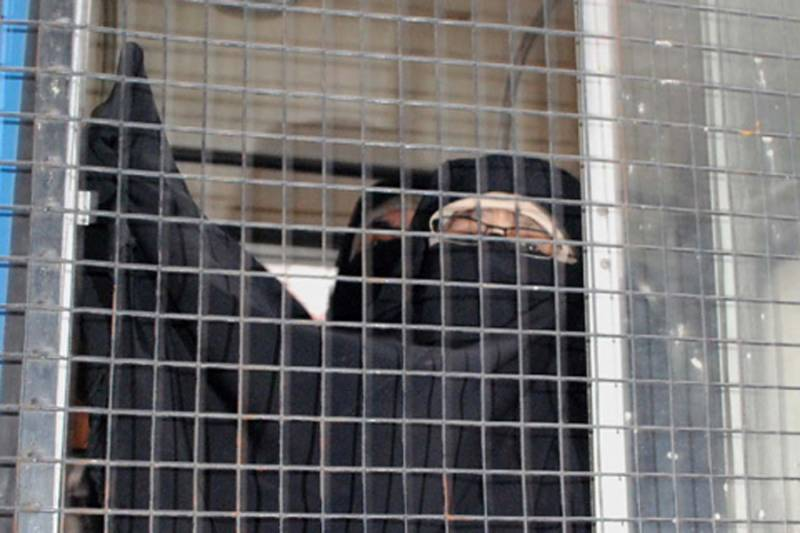 مقبوضہ کشمیر: کٹھ پتلی انتظامیہ آسیہ اندرابی کو بیٹے کی شدید علالت کے باوجودرہا نہیں کر رہی۔ ناہیدہ نسرین