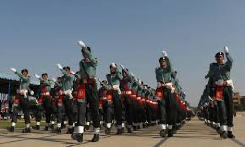 کراچی کی پاکستان میرین اکیڈمی میں پاسنگ آؤٹ پریڈ کی تقریب ہوئی