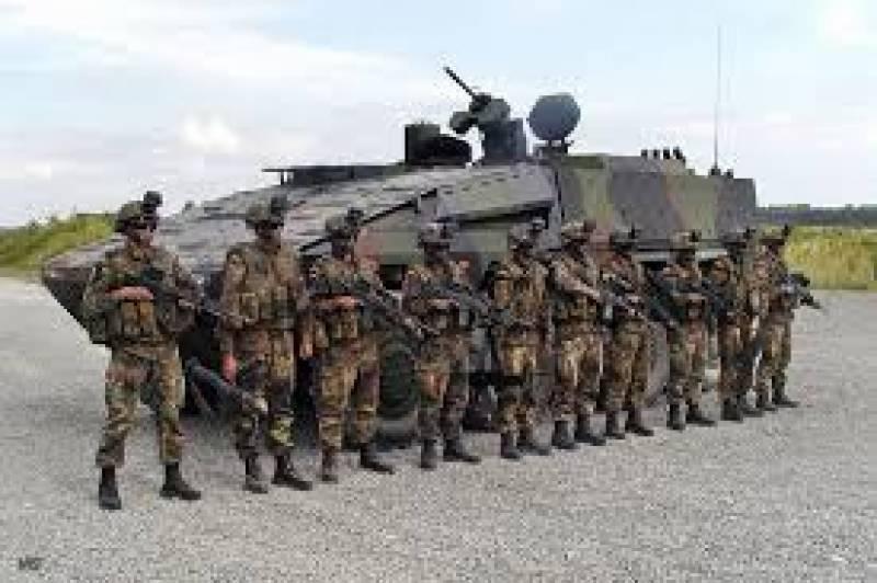 جرمنی میں نیٹو افواج کی تعیناتی کے خلاف احتجاجی مظاہرہ