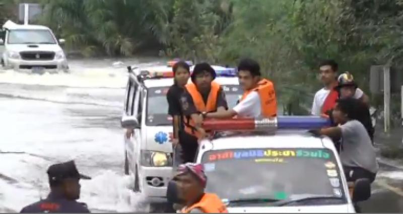 تھائی لینڈ کی حکومت  کی جانب سے سیلاب متاثرین کی بحالی کیلئے  بھرپور اقدامات کیے جارہے ہیں