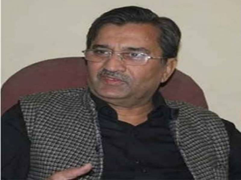 عمران خان قوم کے مجرم ہیں،انہوں نےترقی کےراستےمیں رکاوٹیں کھڑی کرنے کی بھر پورکوشش کی۔ پرویز ملک