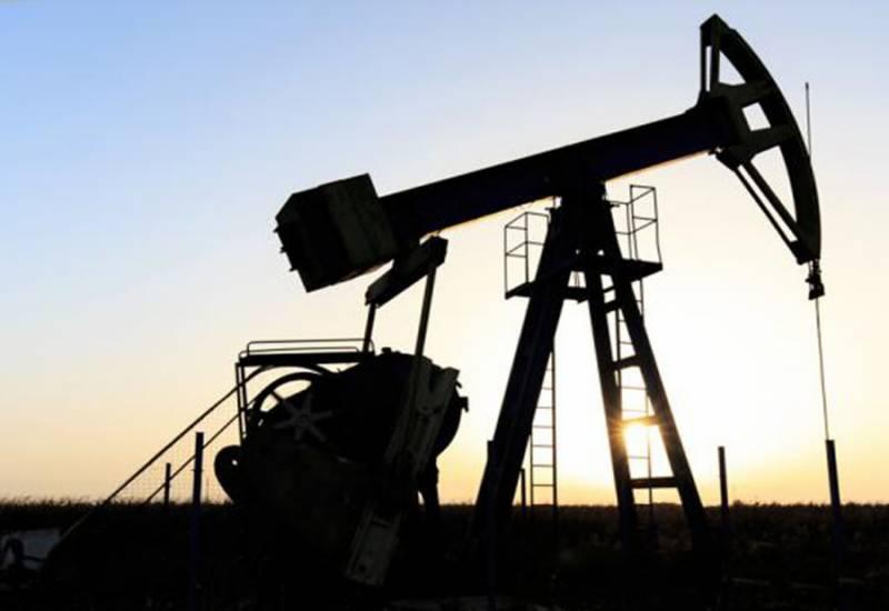 خام تیل کے نرخوں میں کمی