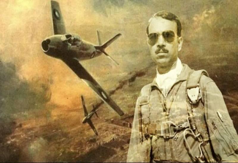 بھارت کا غرور خاک میں ملانے والے قومی ہیرو ایم ایم عالم کی چوتھی برسی آج منائی جارہی ہے۔