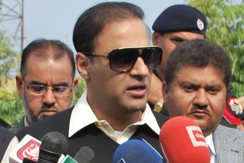 پھٹیچروں،ریلوکٹوں کوآئین سےکھیلنے کی اجازت نہیں دینگے نوازشریف دوہزار اٹھارہ کے بعد بھی وزیراعظم ہوں گے,عابد شیر علی