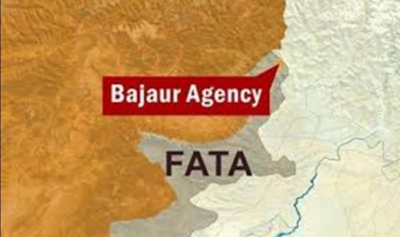 باجوڑ ایجنسی کی تحصیل اتمان خیل میں سڑک کنارے نصب بم دھماکے سے پھٹ گیا