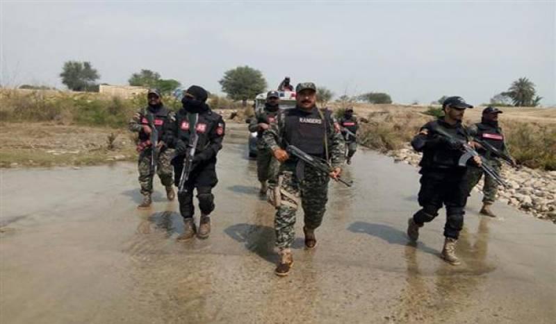 لاہور ،اسلام آباد راولپنڈی اور اٹک سے انیس مشتبہ افراد  گرفتار کر, قبضے سے  اسلحہ اور دہشت گردی میں استعمال ہونے والا مواد برآمد کر لیا گیا