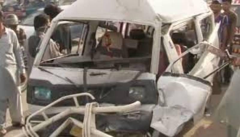 بھکر میں گزشتہ روز بس کی رکشہ کو ٹکر سےزخمی ہونیوالا ایک اور شخص دم توڑ گیا