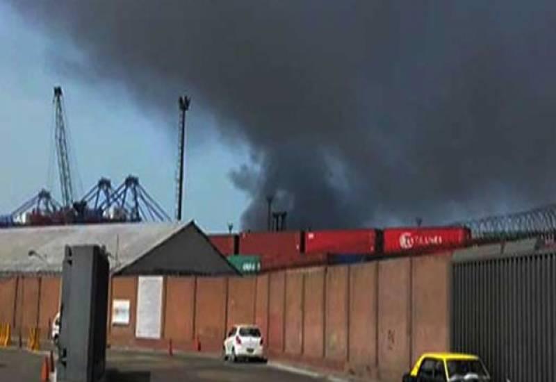 کراچی میں پھر آتشزدگی، لاکھ وں روپے کاسامان جل کرخا کستر