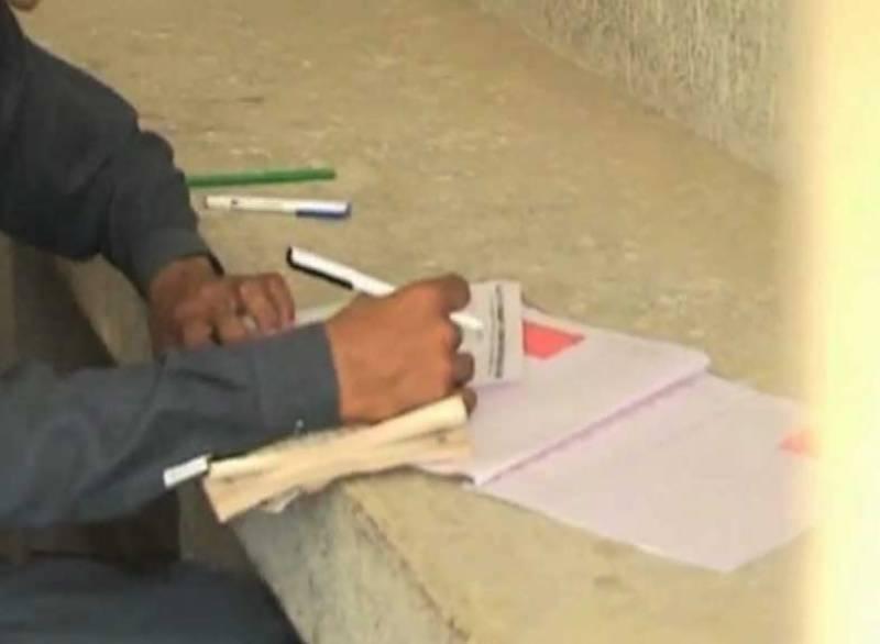سندھ میں بوٹی مافیا نے میٹرک کے امتحانات کو مذاق بنالیا