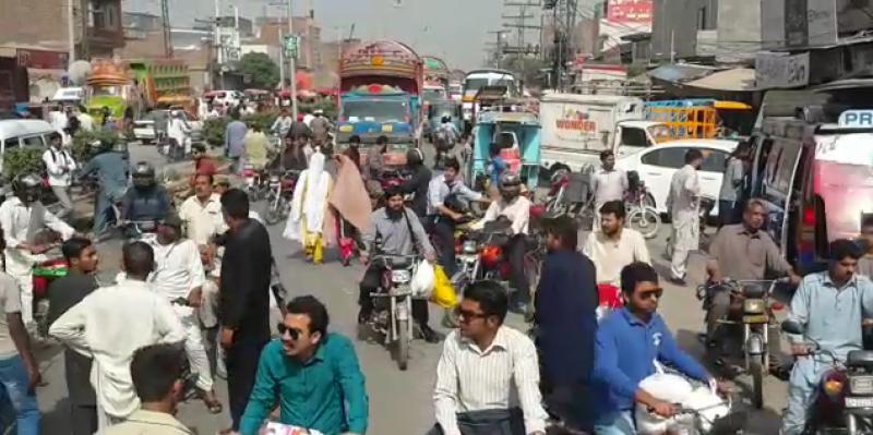 لاہور شہر کی ٹریفک کو رواں دواں رکھنے کیلئے نئی حکمت عملی تیار کر لی گئی ہے