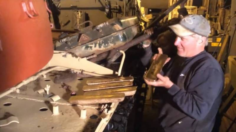 جنگی ٹینک تباہی تو کرتے ہیں لیکن ٹینک سے خزانہ بھی ملتا ہے ایسا پہلی بار برطانیہ میں ہوا