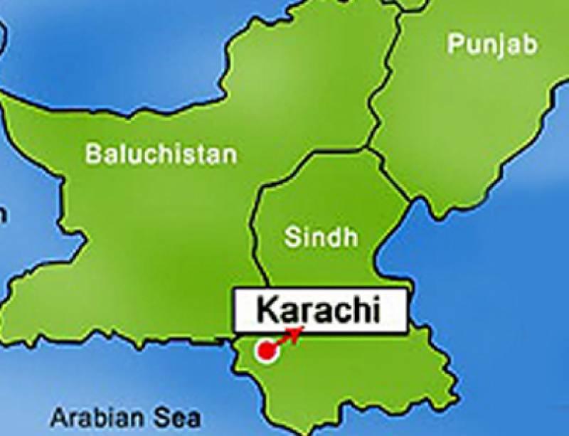 کراچی کے علاقے کورنگی میں منشیات فروشوں کے پولیس کے ساتھ مقابلے میں گولی لگنے سے ایک شخص زخمی ہوگیا