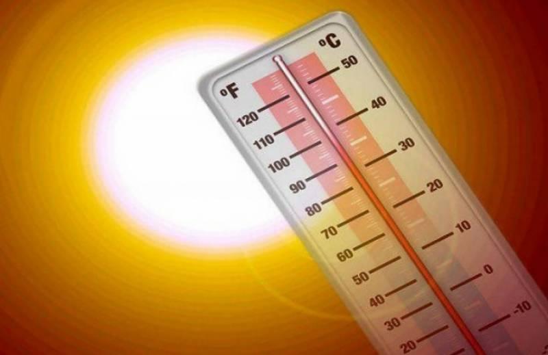 ملک کے میدانی علاقوں میں گرمی کی شدت برقرار