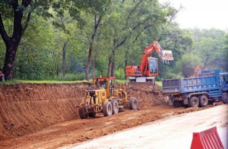اسلام آباد ایکسپریس وے کے سوہان اور کھنہ انٹرچینجز پر تعمیراتی کام دو ارب روپے کی لاگت رواں سال کے آخر تک مکمل ہوگا۔