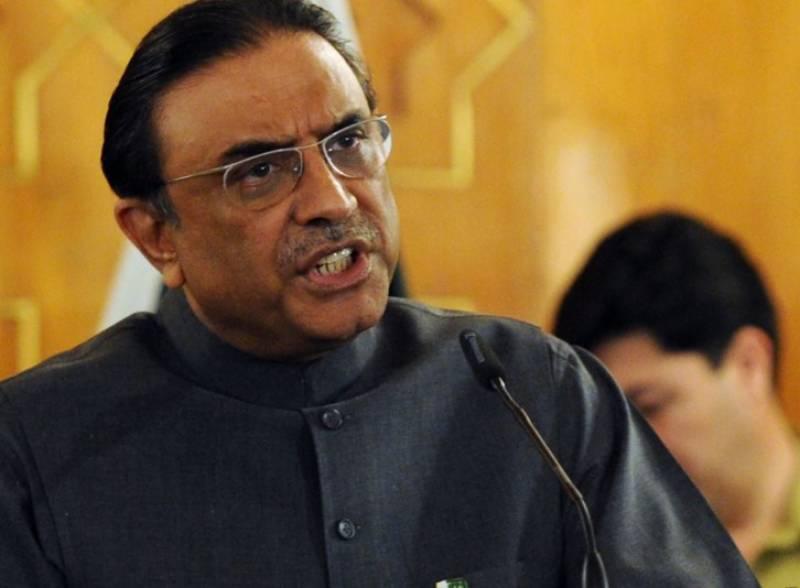 وزیراعظم  نوازشریف سے ملکی اورعالمی امور نہیں چلائے جارہے، موجودہ حکومت نااہل ہے، آئندہ الیکشن میں پورا پاکستان جیت کر دکھاؤں گا,آصف زرداری