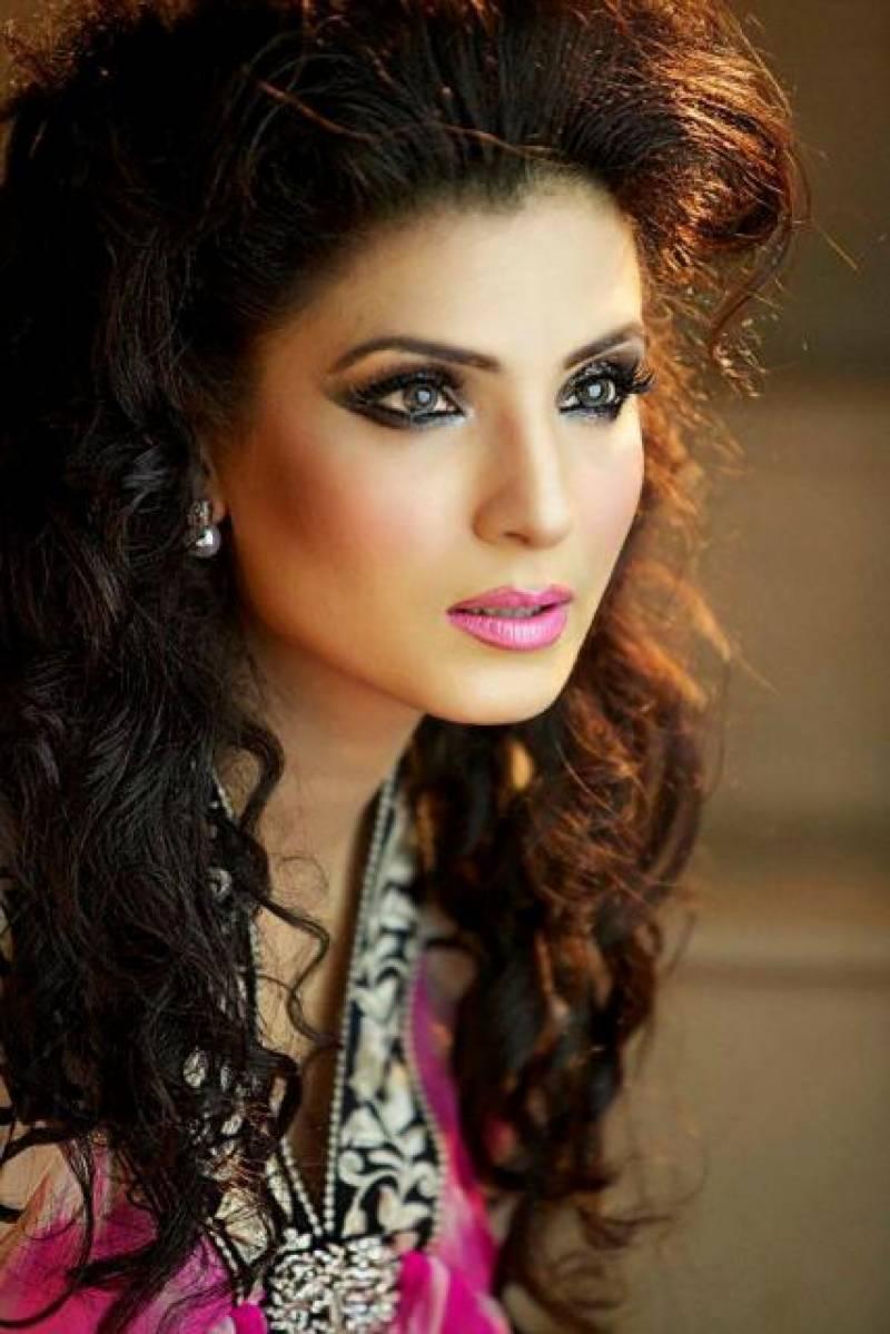 ایک وفادار مخلص اور شادی کا بوجھ اٹھانے کے قابل شخص کے انتظار میں ہوں:ریشم
