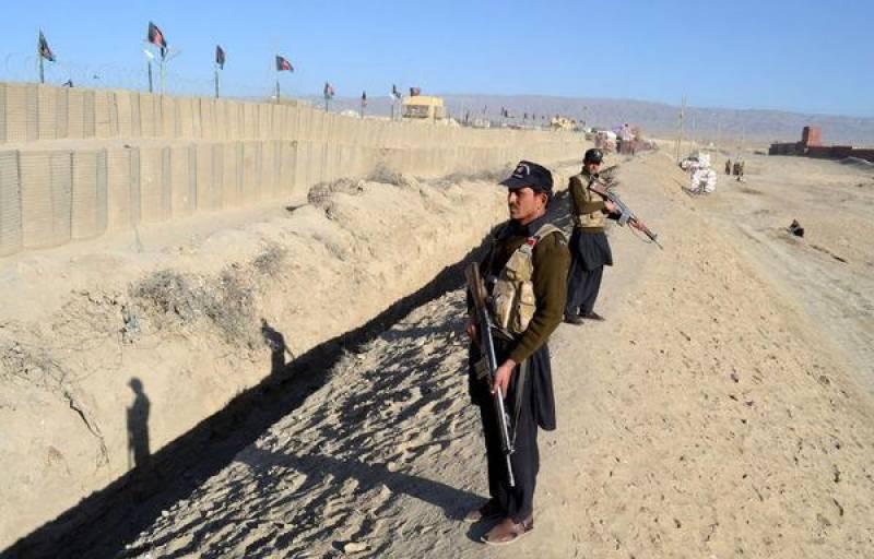 پاک افغان سرحد پر باب دوستی آج سولہویں دن بھی بند ہے