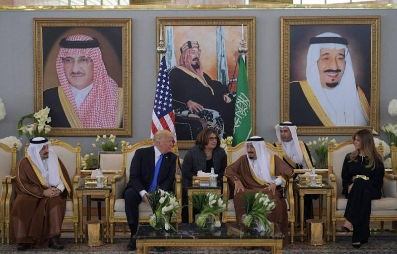 دورہ سعودی عرب میں رہنماﺅں کے ساتھ دہشتگردی کے مسئلہ پر بات چیت کروں گا۔ امریکی صدر