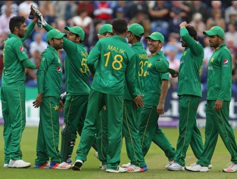 آئی سی سی چیمپیئنز ٹرافی میں مسلسل دو میچ جیتنے کے بعد پاکستان کی ون ڈے ریٹنگ بہتر ہو گئی, دو ہزار انیس کے ورلڈکپ میں براہ راست کوالیفائی کے امکانات روشن ہو گئے ہیں