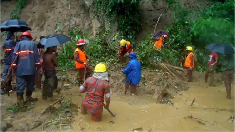 بنگلا دیش کے جنوب مشرقی علاقوں میں موسلادھار بارشوں نے تباہی مچادی