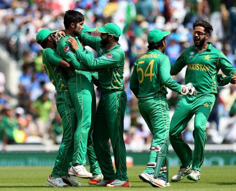 لندن:چیمپئنزٹرافی کےفائنل نے پاکستانیوں کاجوش عروج پرپہنچا دیا