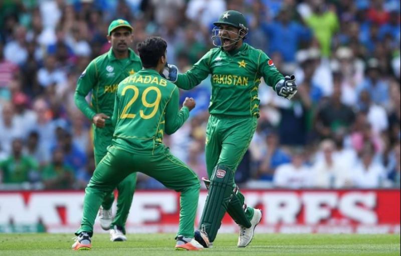 پاکستان نے بھارت کو ناک آؤٹ کر کے چیمپئنز ٹرافی جیت لی