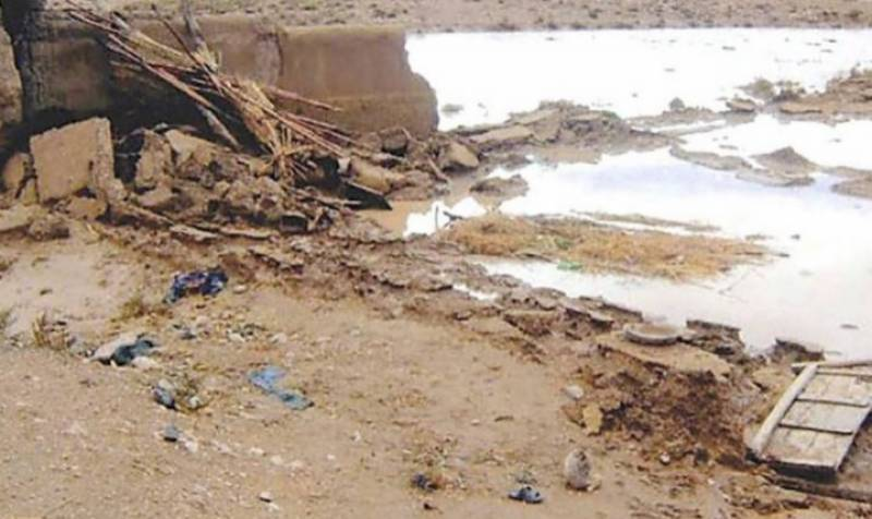 بارشوں کے باعث بھپرے دریا اور ندی نالے بھی تباہی مچانے لگے،حب میں سیلابی ریلہ آٹھ افراد کی زندگیاں نگل گیا