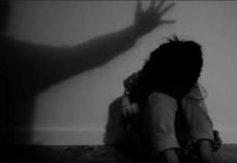 گھریلو بچوں پر تشدد کے بڑھتے واقعات:تحریک انصاف نے اسمبلی میں تحریک التوء جمع کرادی.