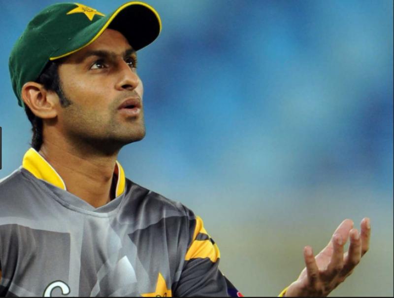 پاکستانی آل راؤنڈرشعیب ملک ٹی ٹوئنٹی کرکٹ میں سات ہزاررنزمکمل کرنے والے پہلے پاکستانی کھلاڑی بن گئے ہیں