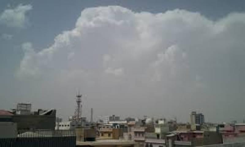 کراچی میں بارش نے انتظامیہ کی نااہلی کا پول ایک بار پھر کھول دیا