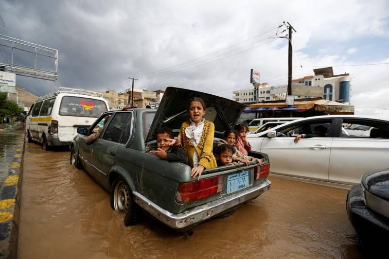یمن بھی شدید بارشوں اور سیلاب کی زد میں