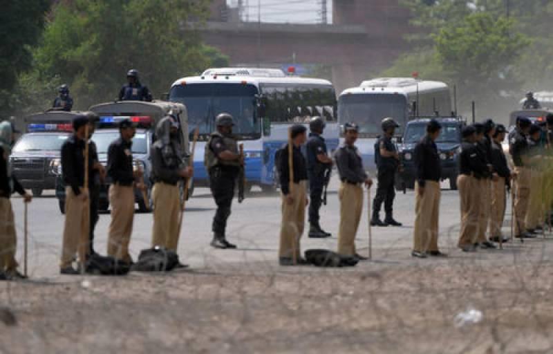 سونے میدان ہوئے پھر آباد،، پاکستان میں بین الاقوامی کرکٹ کی بحالی کی جانب ایک اور قدم،