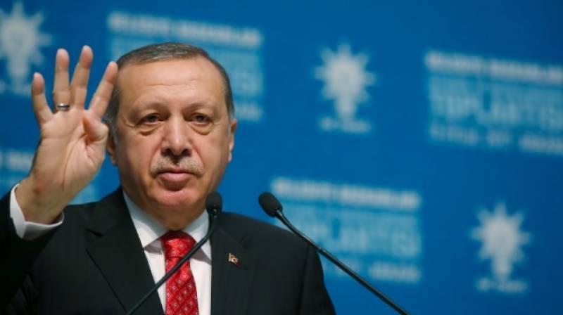ترک صدر رجب طیب اردگان نے روس سے ایس چار سو دفاعی نظام کی خریداری کے سمجھوتے سے متعلق مغربی ممالک کی تشویش کو مسترد کردیا