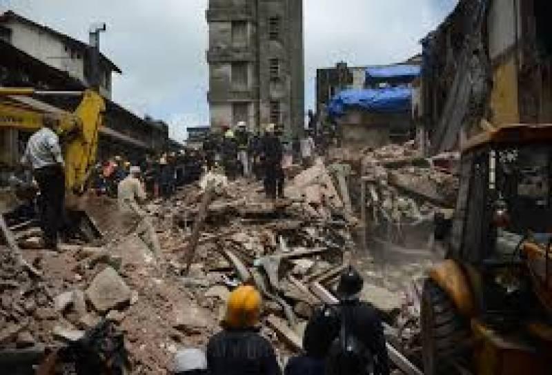 ممبئی میں چار منزلہ غیر قانونی رہائشی عمارت منہدم ہونے سے درجنوں افراد ہلاک جبکہ متعدد زخمی ہوگئے