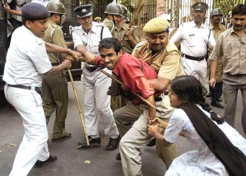 بھارت میں انتہا پسندی اورغنڈہ گردی کا ایک اور واقعہ