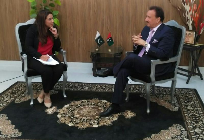 تحریک انصاف چندے کی مد میں طالبان کی مدد کررہی ہے:سابق وزیرداخلہ سینیٹر رحمان ملک