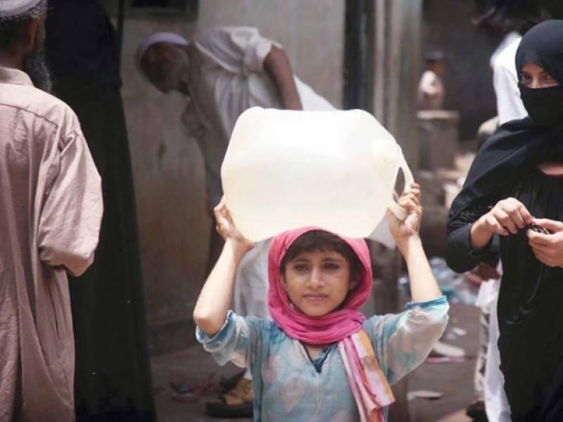 سندھ بھر میں نکاسی آب اور پانی کی فراہمی سے متعلق  کیس: حکومت سے رپورٹ طلب