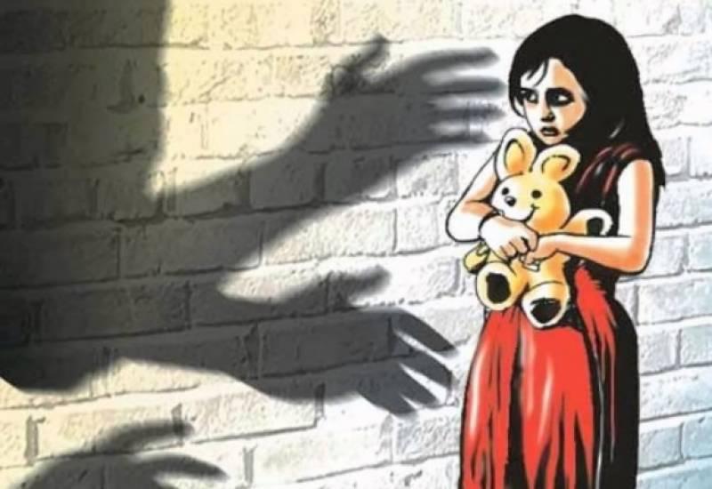 قصور میں بچیوں کے اغواء کے بعد زیادتی اور پھر قتل کا معاملہ سنگین ہونے لگا