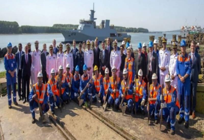 پاک بحریہ کیلئے بنائے جانے والے جدید ترین 2300 ٹن آف شور پٹرول ویسل II کی رومانیہ میں لانچنگ