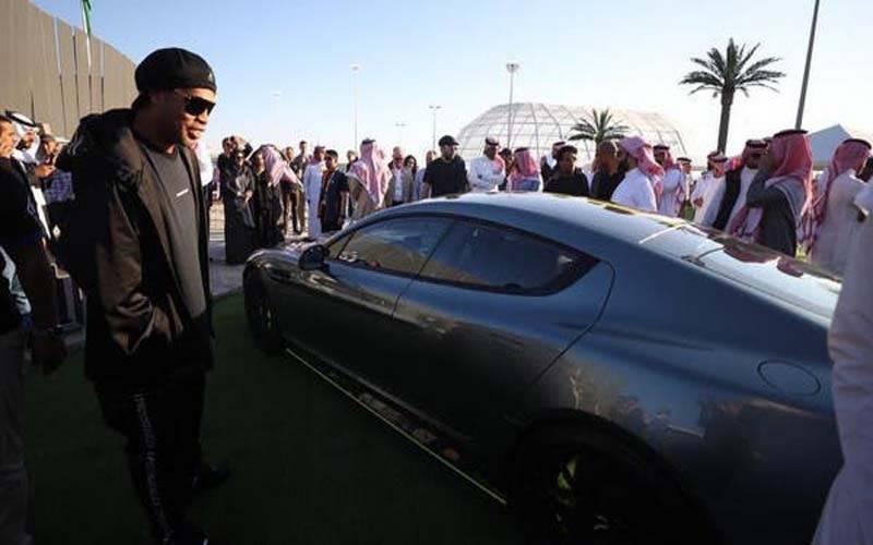 دنیا کی قیمتی گاڑیوں کی فروخت سعودی عرب میں, برازیل کا فٹبال اسٹار پہلا خریدار