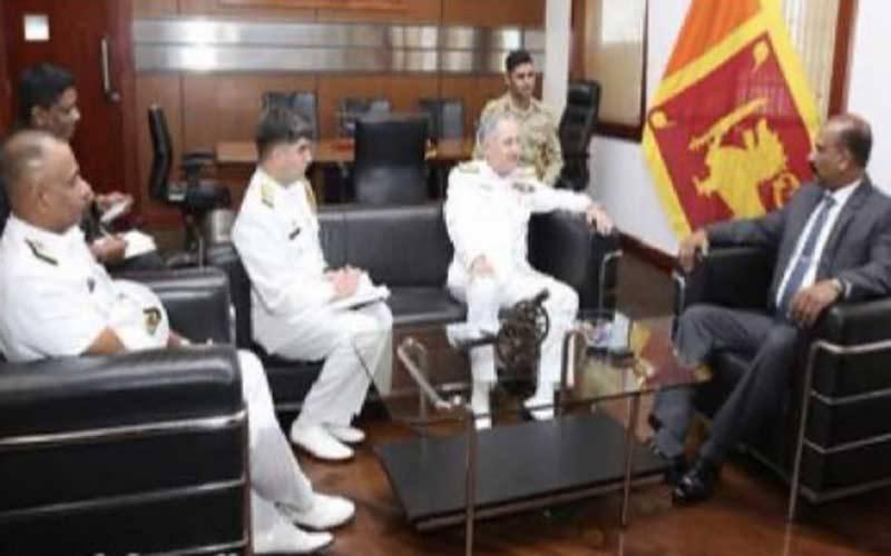 نیول چیف کی سری لنکا کے وزیراعظم ، مسلح افواج کے سربراہان سے الگ الگ ملاقاتیں